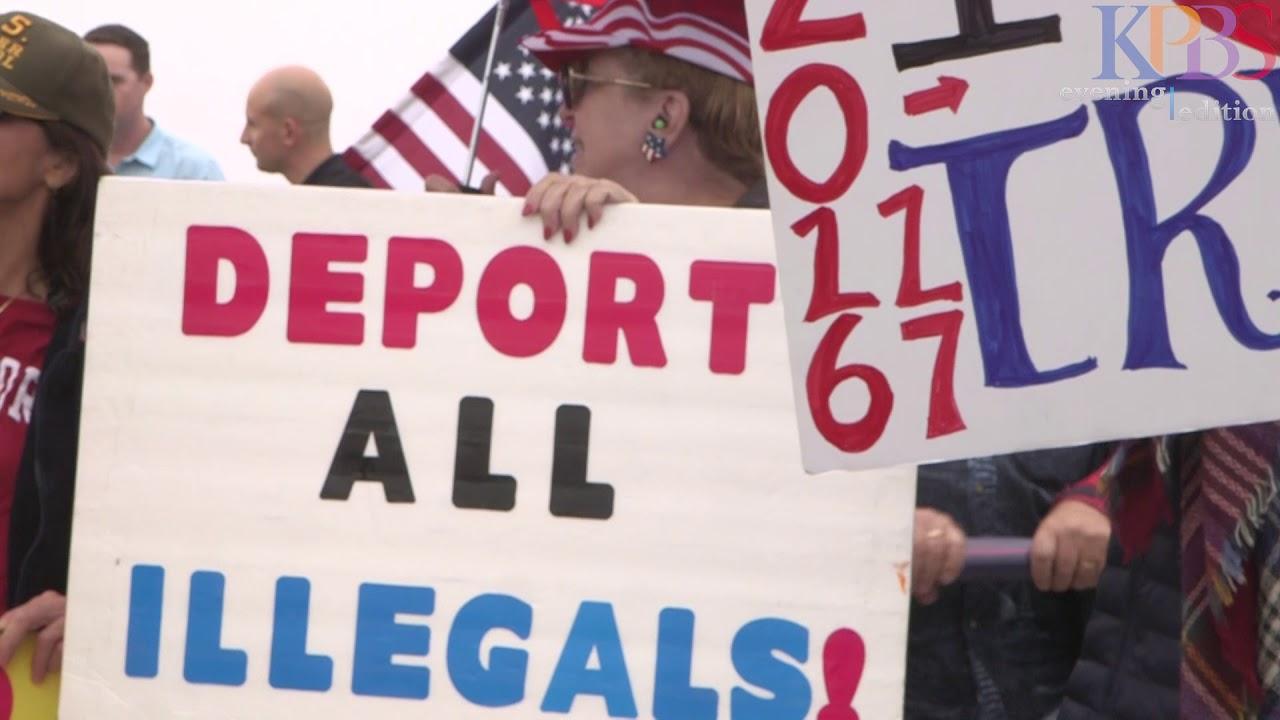 Supporters-Of-President-Trump-Rally-Near-San-Diego-Tijuana-Border