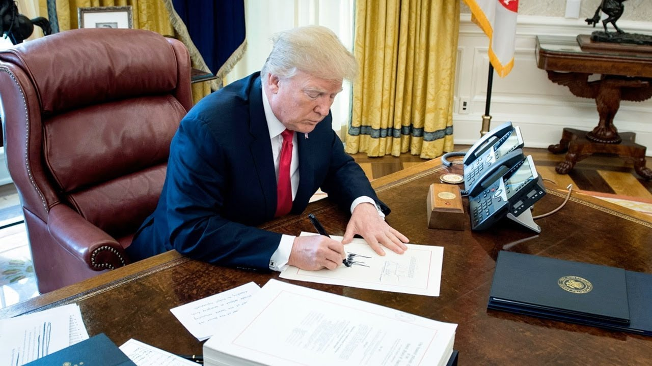 Trump-Promised-to-Cut-the-US-Trade-Deficit.-His-Tax-Law-Will-Widen-It