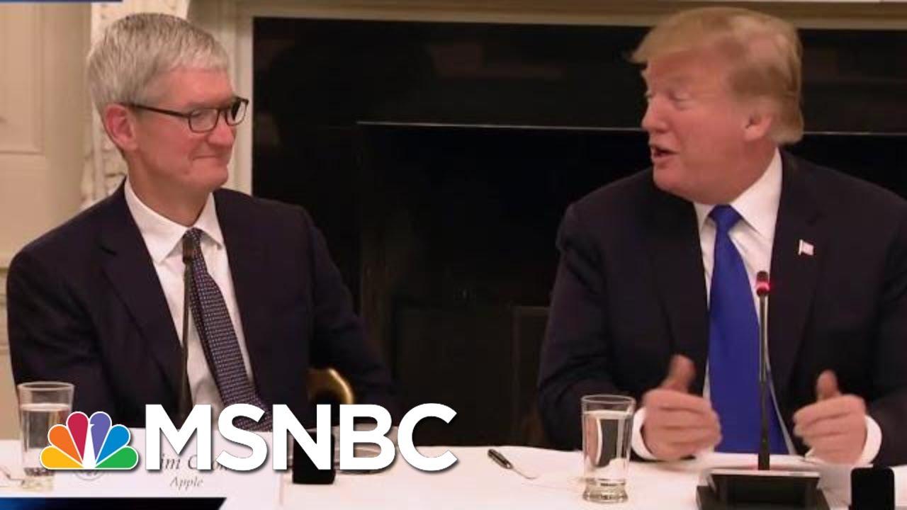 President-Donald-Trump-Calls-Apple-CEO-Tim-Cook-Tim-Apple