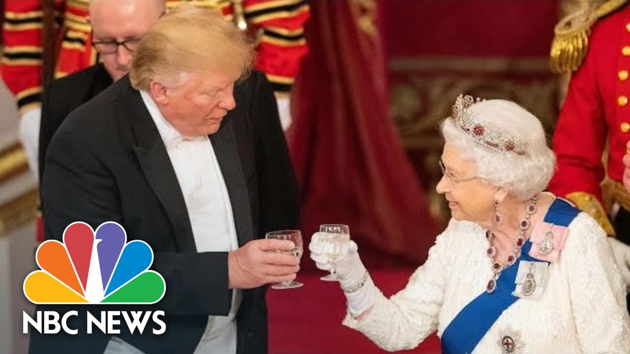 Queen-Elizabeth-II-Toasts-To-President-Donald-Trump-At-Buckingham-Palace-Dinner