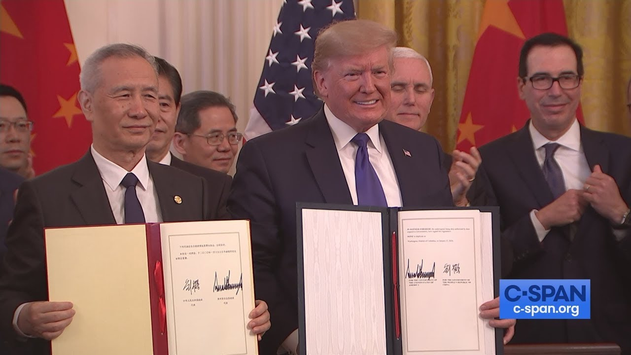 President-Trump-Signs-Trade-Deal-with-China